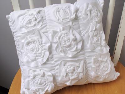 Shabby Roses Pillow @ Shannon Sews