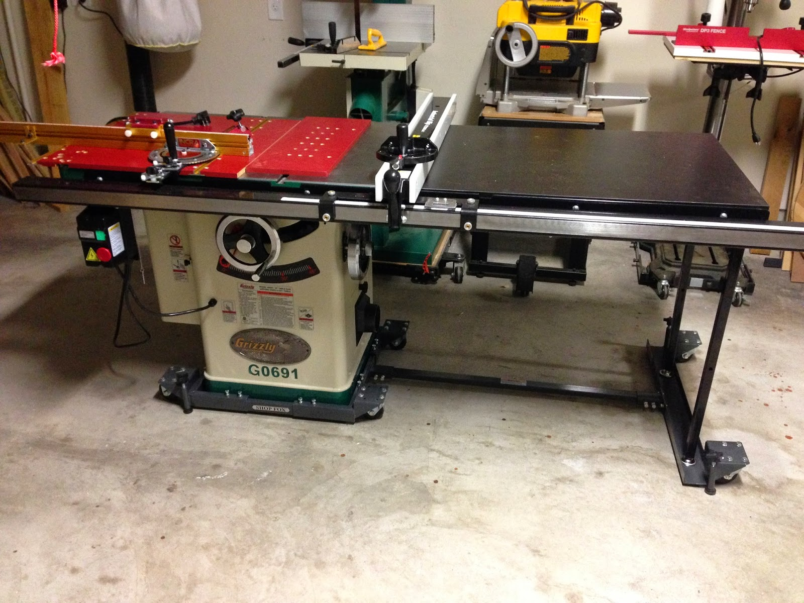 Incra Miter 500 Installed On A Grizzly G0691 Table Saw