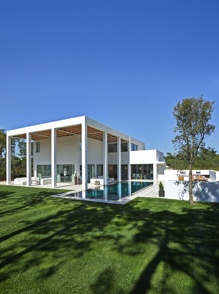 Simple modern home in Portugal from the backyard