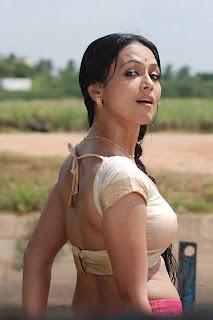 Sana Khan hot image