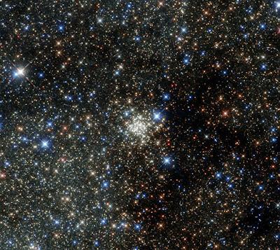 Keramaian bintang di gugusan galaksi bima sakti