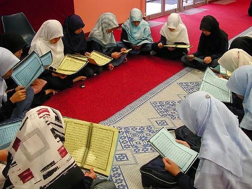 Tak Ada Kata Sulit Dalam Menghafal Al Qur'an