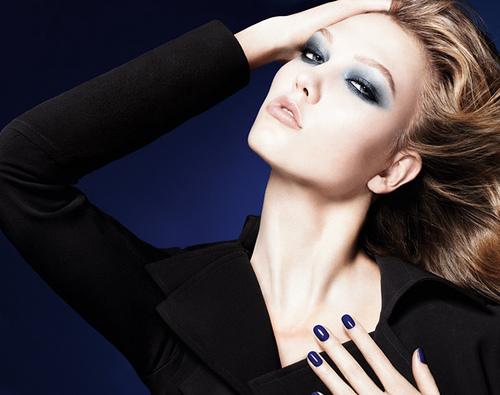 http://1.bp.blogspot.com/-LRz3yL2urSY/TjakENWkJwI/AAAAAAAAEcM/Krp_IMi7pRc/s1600/tendance_maquillage_collection_automne_2011_Blue_Tie_Fall_Dior.jpg