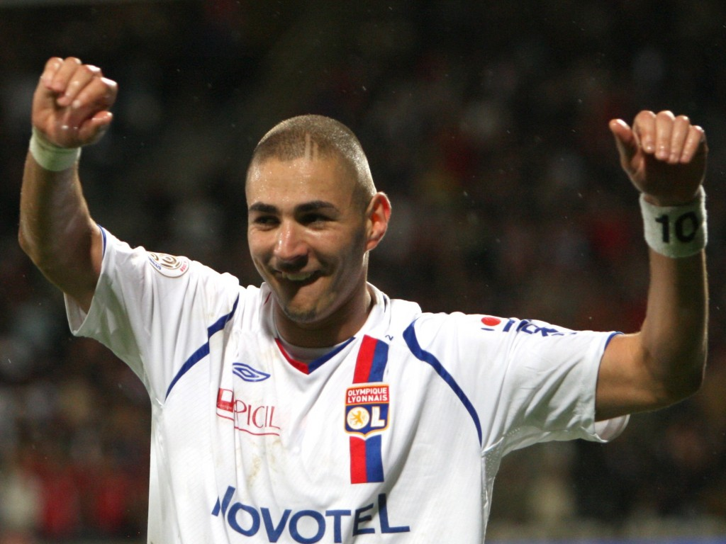 Karim BENZEMA Olympic Lyon Wallpaper | Pictures Wallpapers