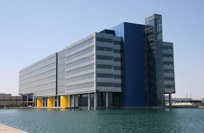 GM technical centre exterior