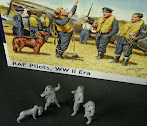"Review & construction: 1/32nd scale MasterBox ""RAF Pilots, WWII Era"""