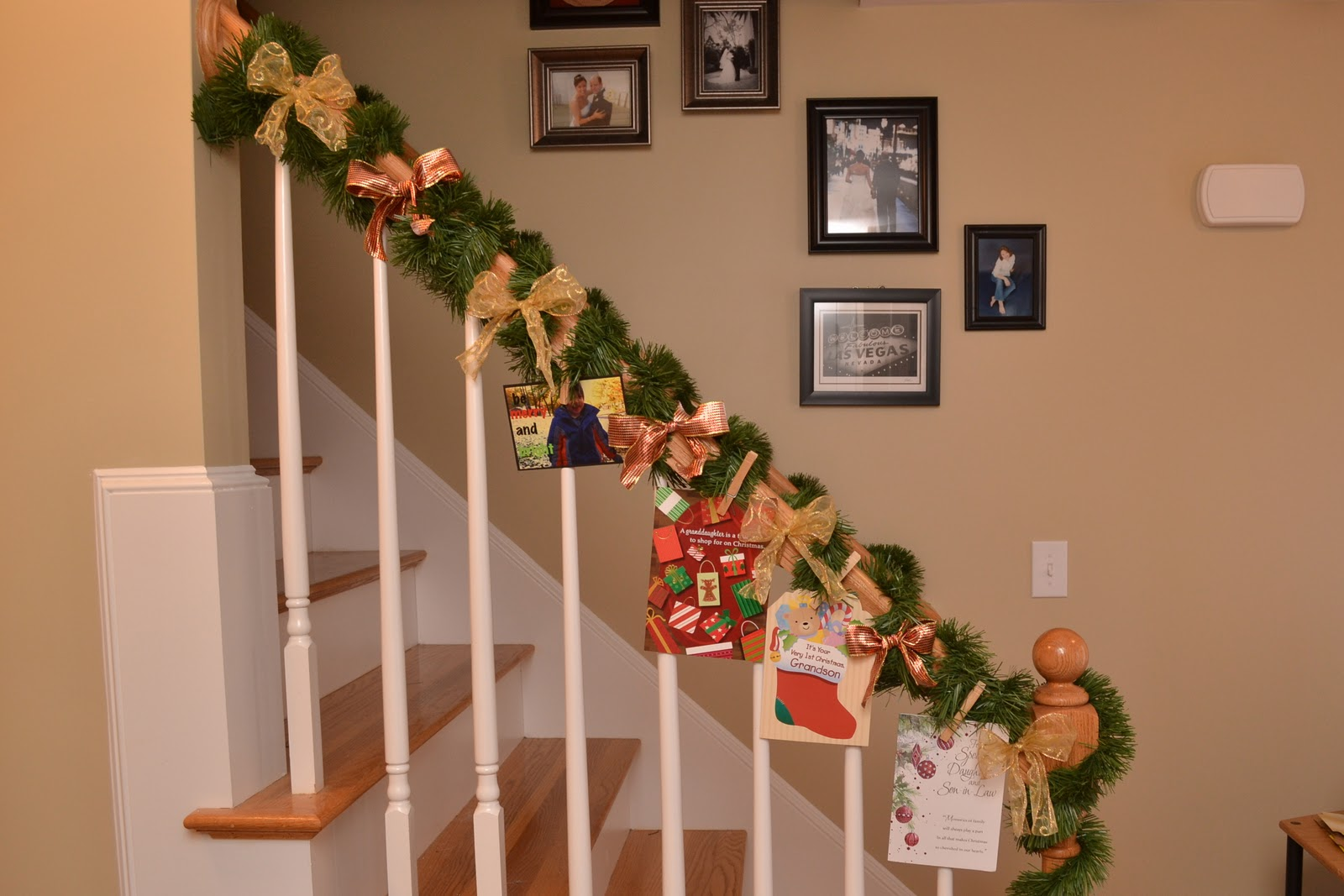 A vegas girl at heart christmas diy staircase and chandelier christmas diy staircase and chandelier arubaitofo Gallery