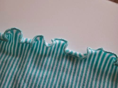 http://so-sew-easy.com/how-to-sew-a-lettuce-edge-hem/
