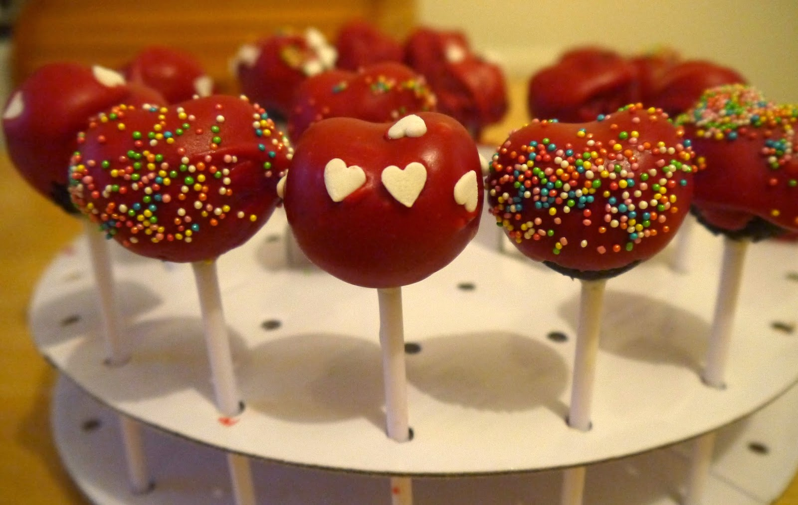 Fiona s Foodie Fun: Valentine s Day Cake Pops
