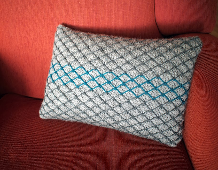 My First Home Deco Design The Chainlink Cushion