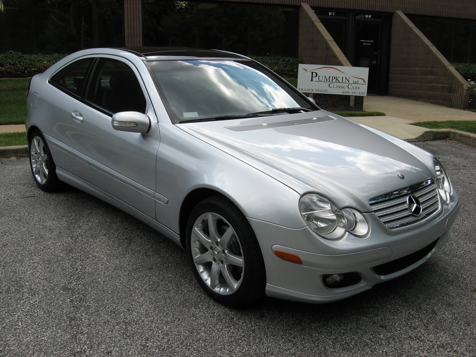 pumpkin fine cars and exotics 2005 mercedes benz c230 kompressor coupe. Black Bedroom Furniture Sets. Home Design Ideas