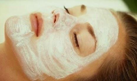 http://senicsblog.blogspot.com/2014/09/cara-buat-masker-wajah-dengan-beras.html