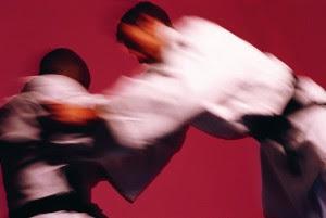 Cuidar do judogi signitica respeitar o sensei, o dojo, os companheiros e a si mesmo