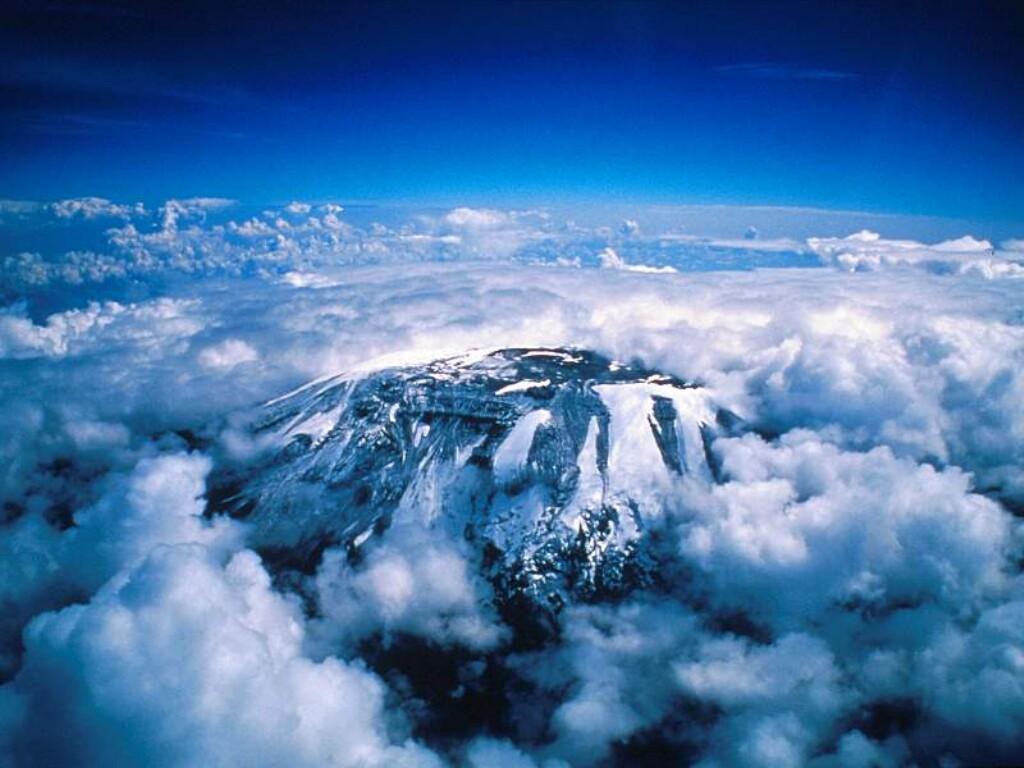 http://1.bp.blogspot.com/-LTHaHwTWCDc/TylrPP3dRdI/AAAAAAAAqHI/TACv9SPzWYQ/s1600/Climbing-Mount-Kilimanjaro8.jpg