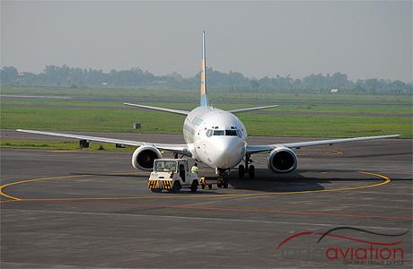 Merpati Nusantara 737-400