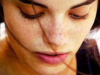 Cream Ampuh Menghilangkan Flek Hitam di Wajah
