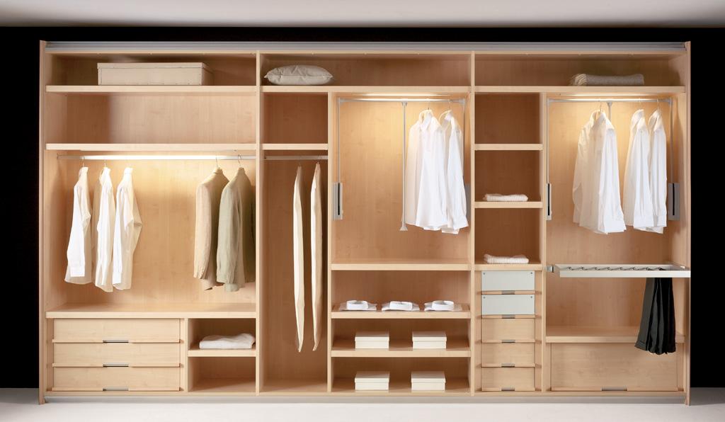 Decoracional muebles de madera st muebles for Muebles walking closet