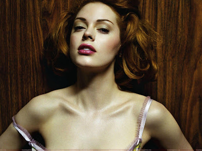 Rose McGowan Glamour Wallpaper