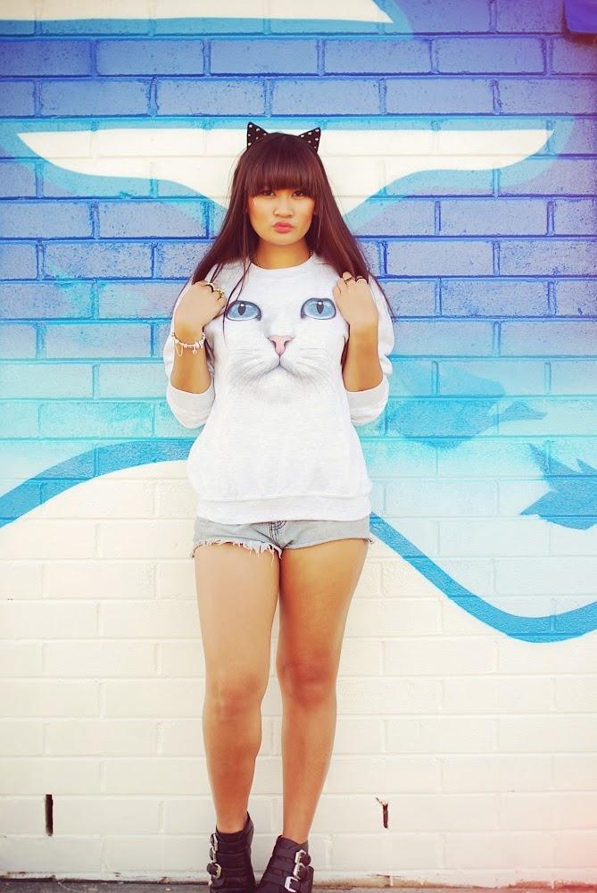 Skip N Whistle Cat Face Sweatshirt ShuBar Rattle Boots