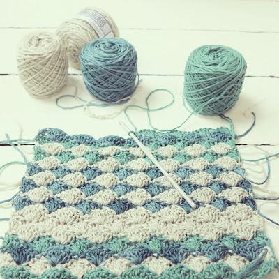 ByHaafner, Nikkim Vinnis cotton yarn, wip, scarf, pastel, gift from Pigtails