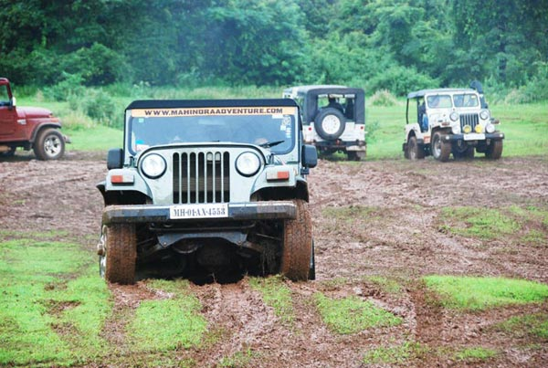 Mahindra 4x4 Front Axle : And offroading