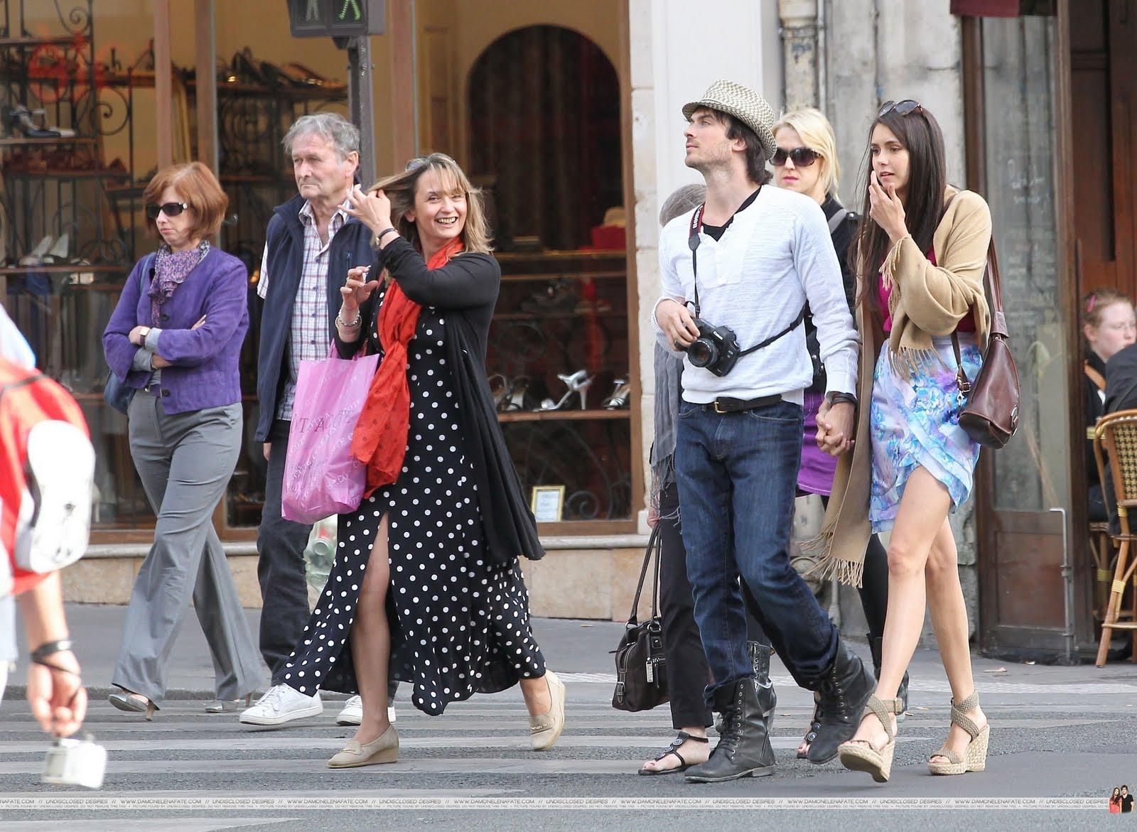 http://1.bp.blogspot.com/-LU7Rlr7HHA4/Td70ig1gPdI/AAAAAAAAALE/rLEy3qYsnNs/s1600/Ian-Nina-in-Paris-HQ-ian-somerhalder-and-nina-dobrev-22331624-2560-1873.jpg
