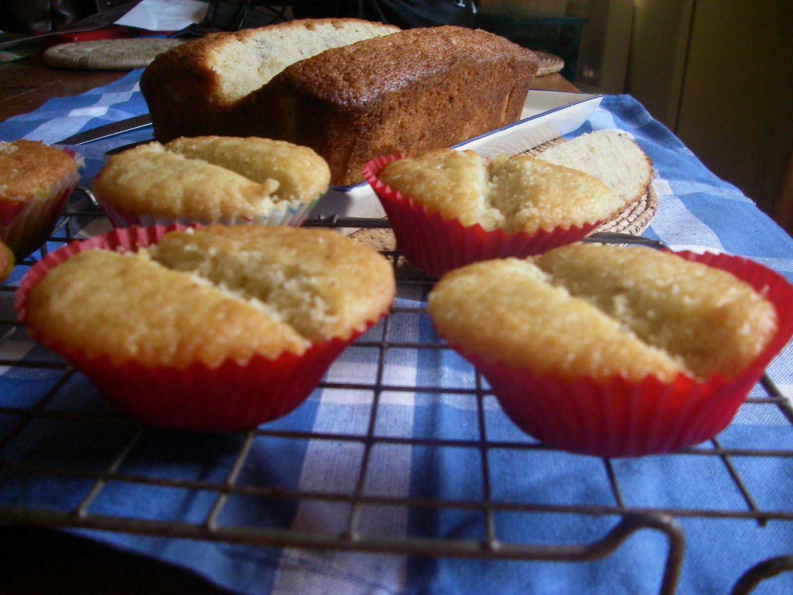 Cake With Fruit Puree : Mrs Mulford s Cakes: Banana Split Cake