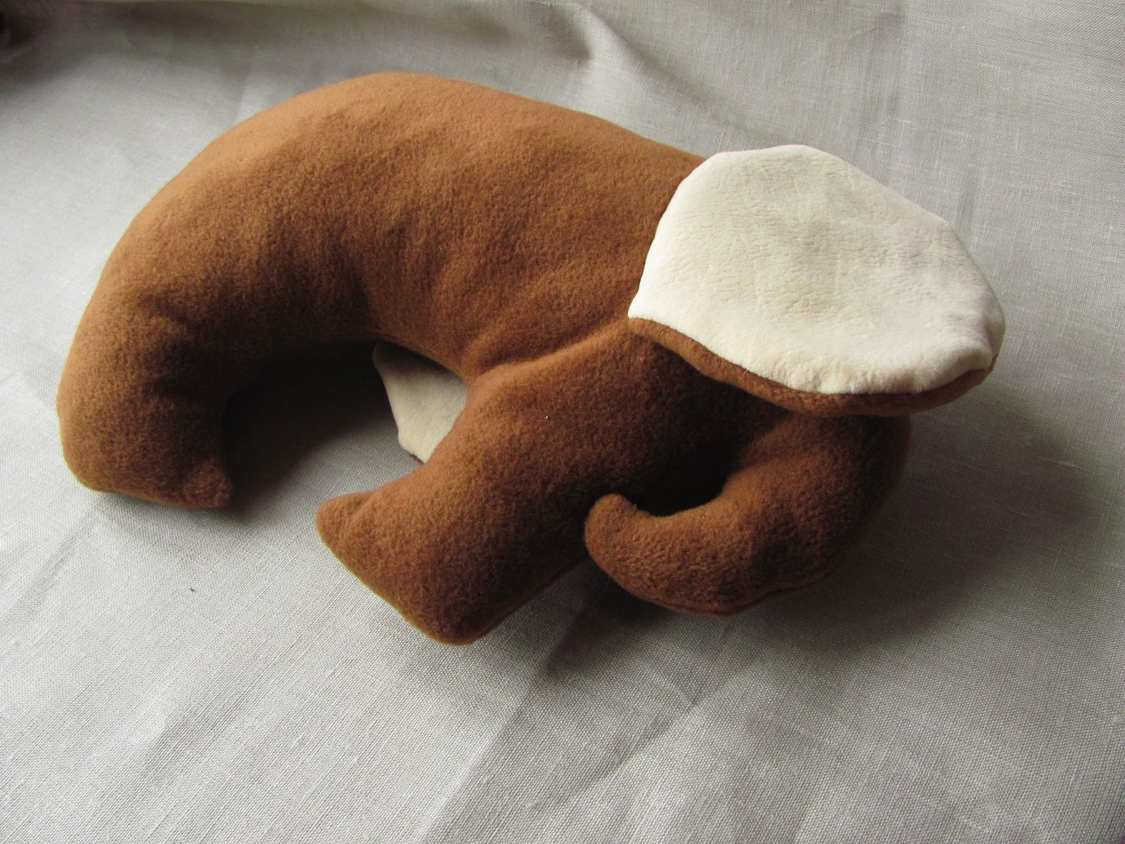 слон, подушка, слоник, подушка валик, подушка под голову подушка в форме слона, игрушка своими руками, забавный слоник,   слоник выкройка, слон пошив, игрушки из флиса, мягкая игрушка, мягкий слон, смешной слон, забавный слоник