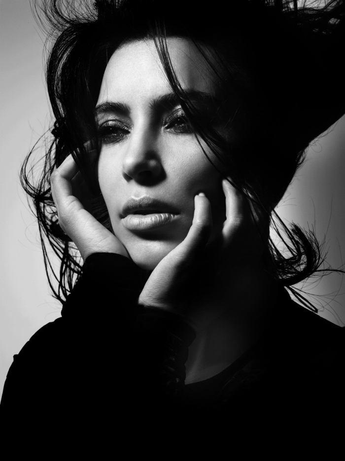 Kardashians Photo Shoot Kim Kardashian – Pho...