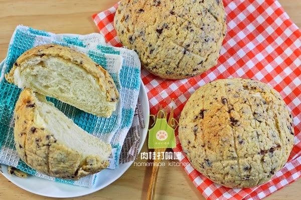 這次製作的國民麵包…菠蘿麵包,