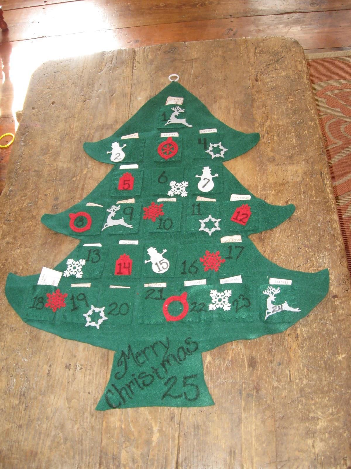 aprons and apples felt christmas tree advent calendar kids felt play tree in one. Black Bedroom Furniture Sets. Home Design Ideas