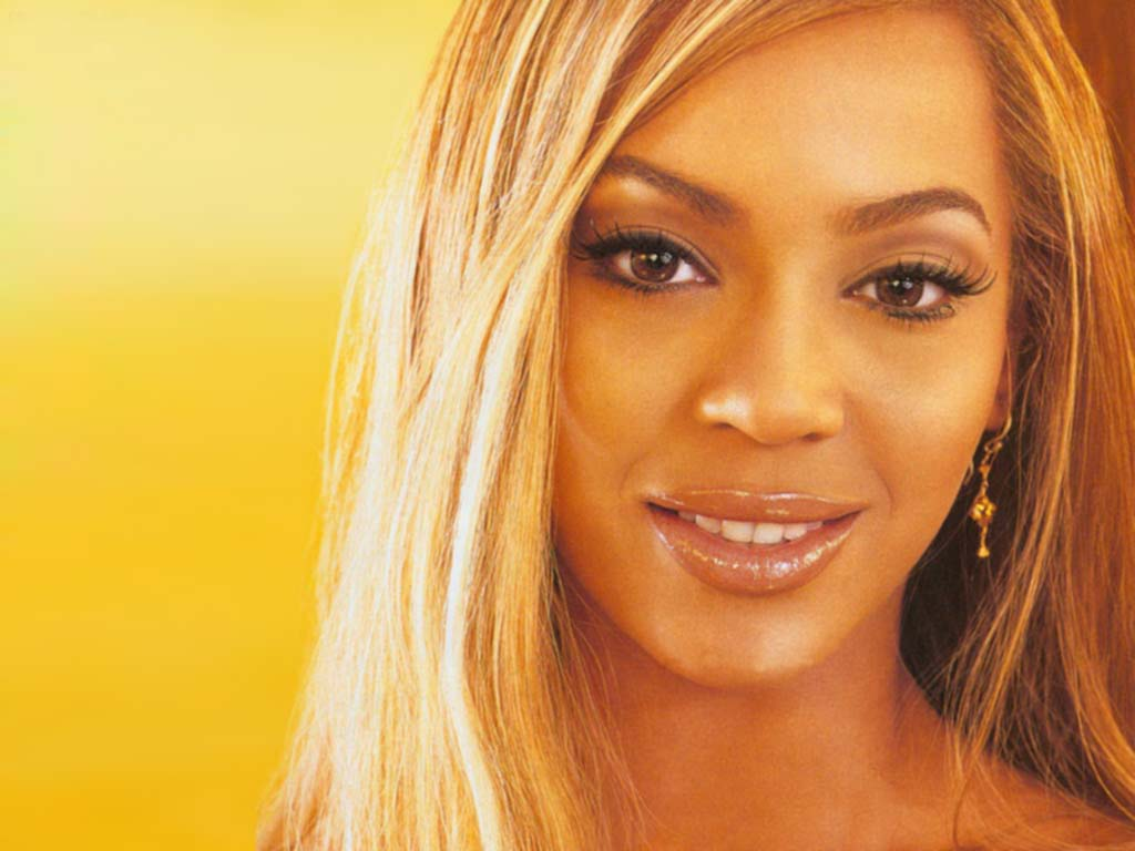 http://1.bp.blogspot.com/-LV1zVuo55ZE/TcViKVhkU0I/AAAAAAAACsU/5TneLr2GhlU/s1600/Beyonc%25C3%25A9+Knowles+wallpapers+by+cool+images786+%25283%2529.jpg