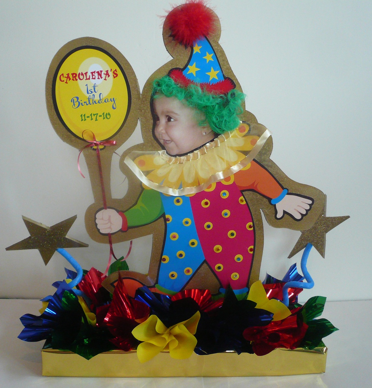 Musing with marlyss birthday party decorations every for Clown dekoration