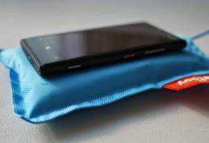 Un Tunisien crée une application qui recharge les smartphones sans chargeur