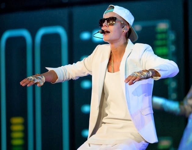 Justin Bieber concert tour dates 2011, Justin Bieber concert video