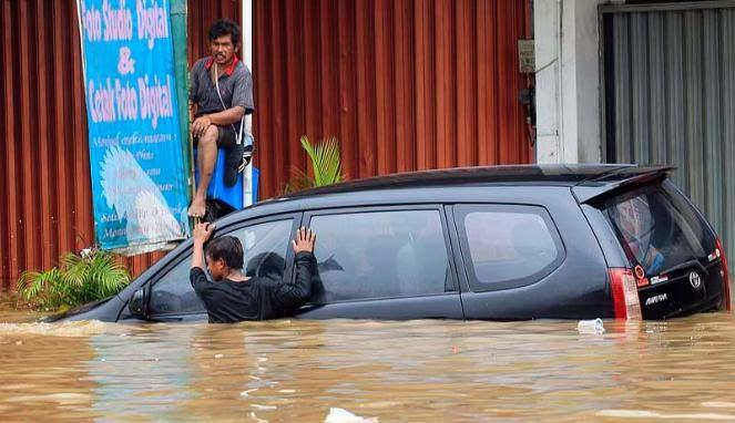 Biaya Perawatan Mobil Setelah Kebanjiran