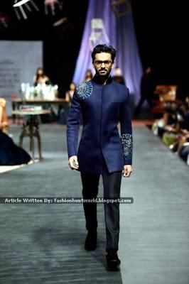 Manish Malhotra Collection At Lakme Fashion Week Winter/Festive 2015