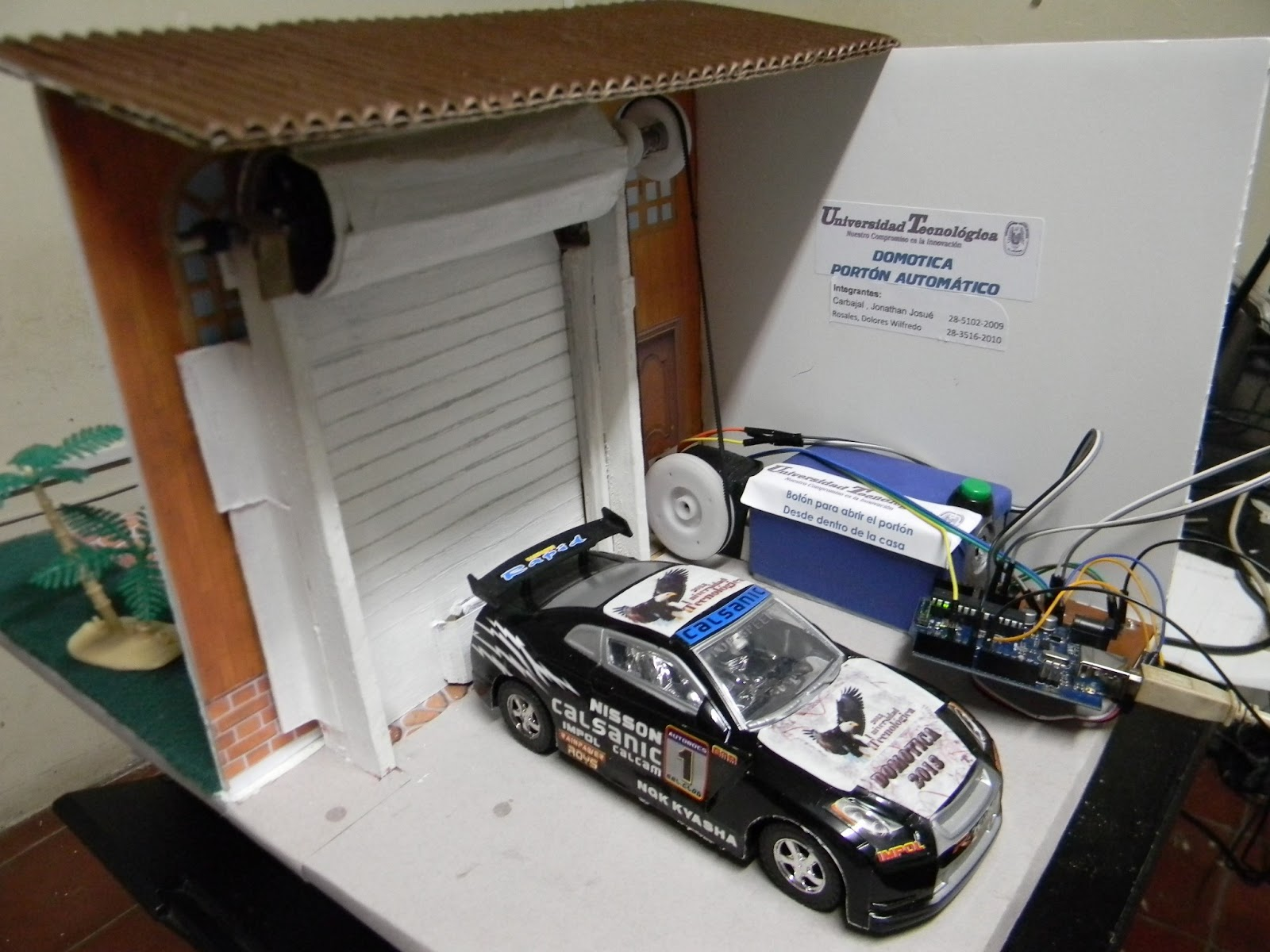 Microcontroladores port n autom tico arduino for Materiales para hacer una puerta