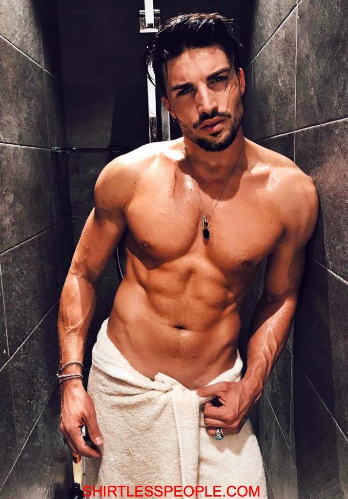 Shirtless People Italian Hunk Mariano Di Vaio Shirtless