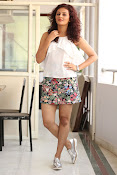 Seerat Kapoor New glam stills-thumbnail-12