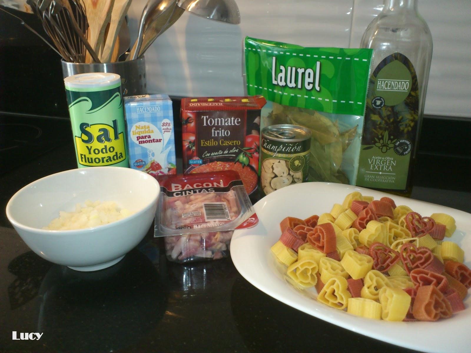 Abriendo boca con lucy pasta con salsa de nata y tomate - Salsas para pasta con nata ...