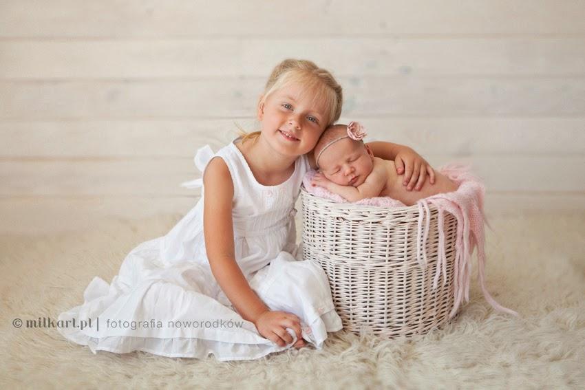 studio fotografii noworodkowej, fotograf dziecięcy, zdjęcia dzieci, sesja brzuszkowa, profesjonalne sesje zdjęciowe Wielkopolska