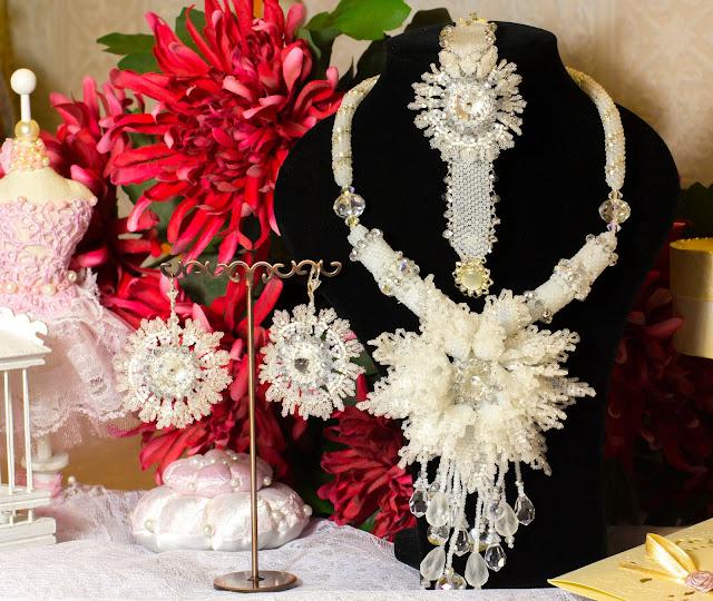 """Свадебный комплект  """"Хризантема """" (Бисероплетение для на начинающих, схемы по бисероплетению - блог Натальи Кузьмы) ."""