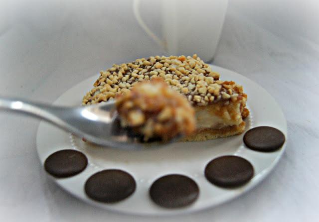 Łatwy snickers z orzechami arachidowymi