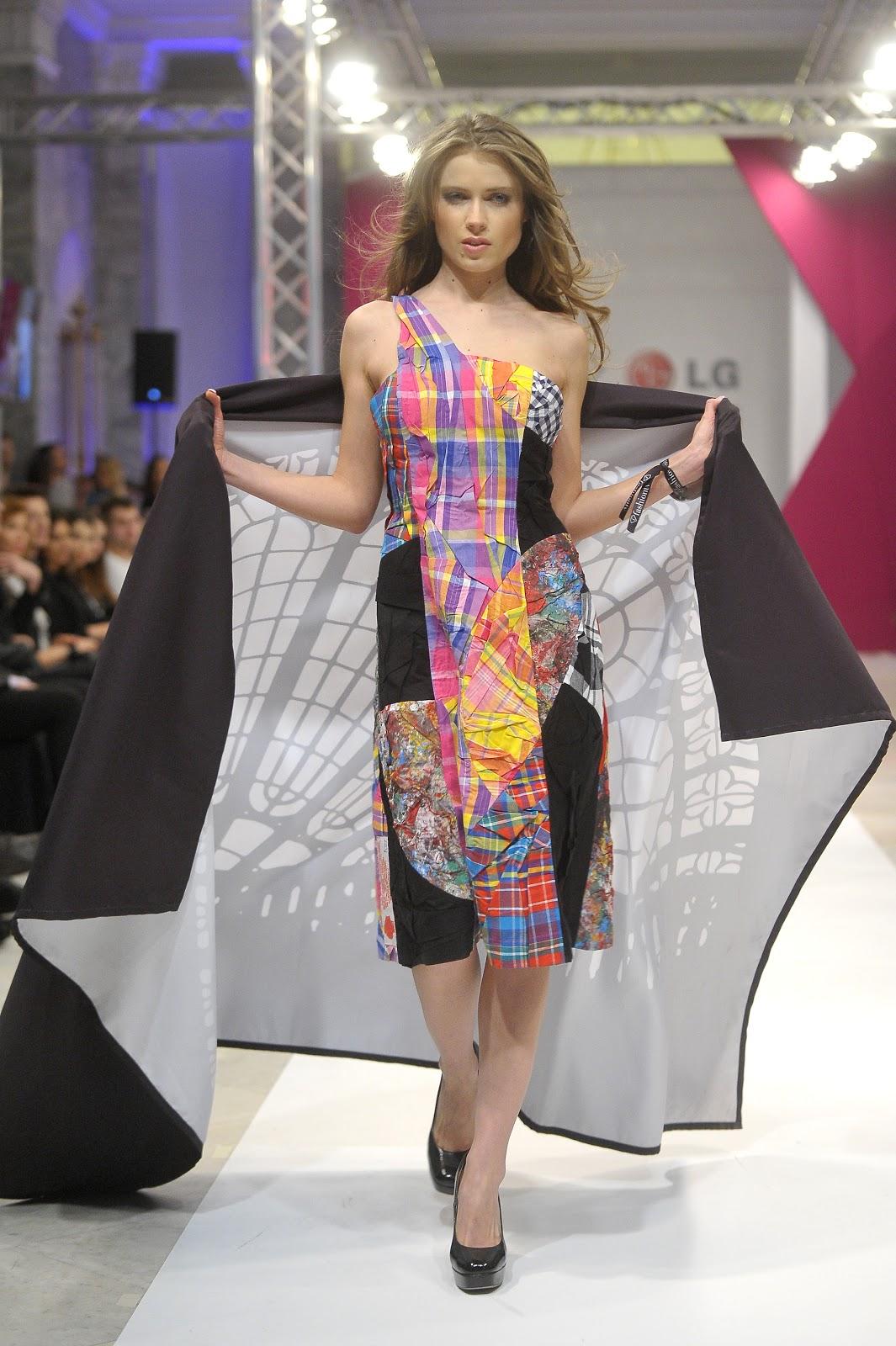 akpa20130130_lg_fashion_tv_2206.jpg