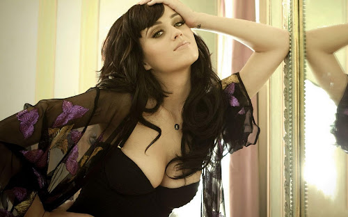 Katy Perry Beautiful Babe Wallpapers
