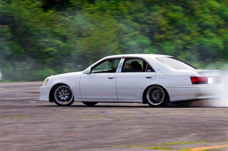 Toyota Crown S170, luksusowe sedany, sport, drift, japońska motoryzacja