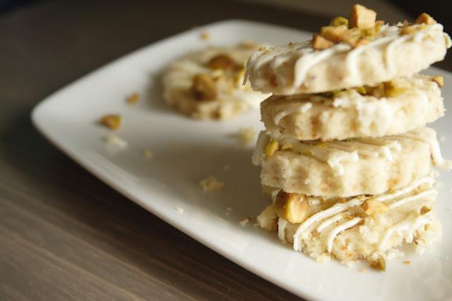 Full Life: Lemon Pistachio Shortbread