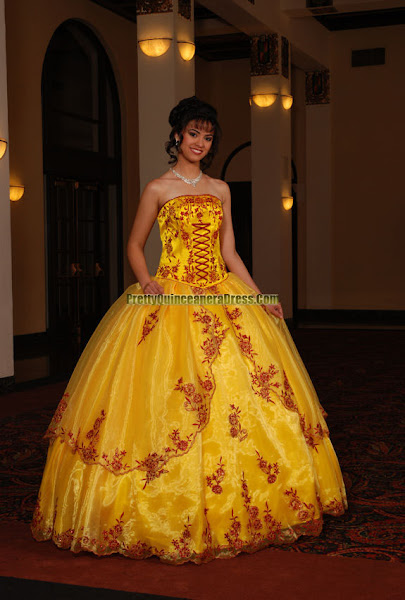 Prom Gowns 2011 Pics