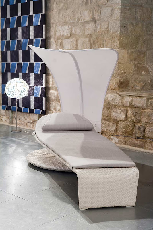 Interiores minimalistas austria exhibe su ingenio for Chaise longue interiores
